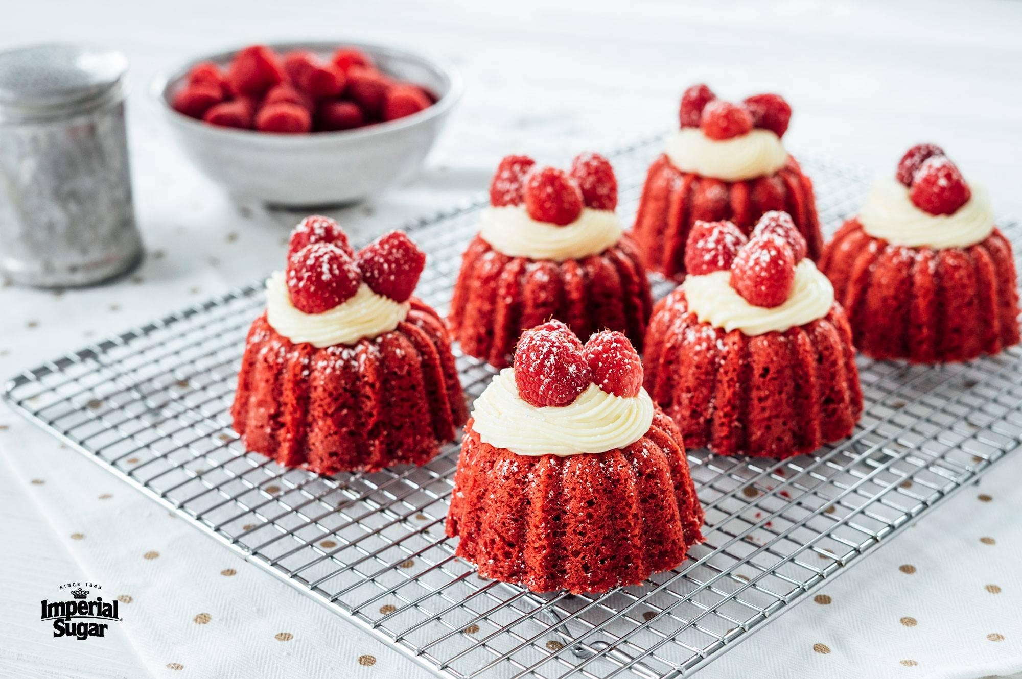 Mini Red Velvet Bundt Cakes Imperial Sugar
