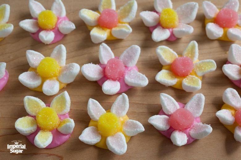 Marshmallow Candy Flowers