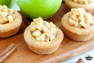 Apple Pie Cookie Cups