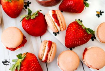 Strawberry and Cream Macarons