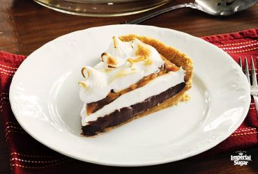 Chocolate Cream Pie with Praline Sauce